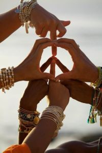 peace symbol hands